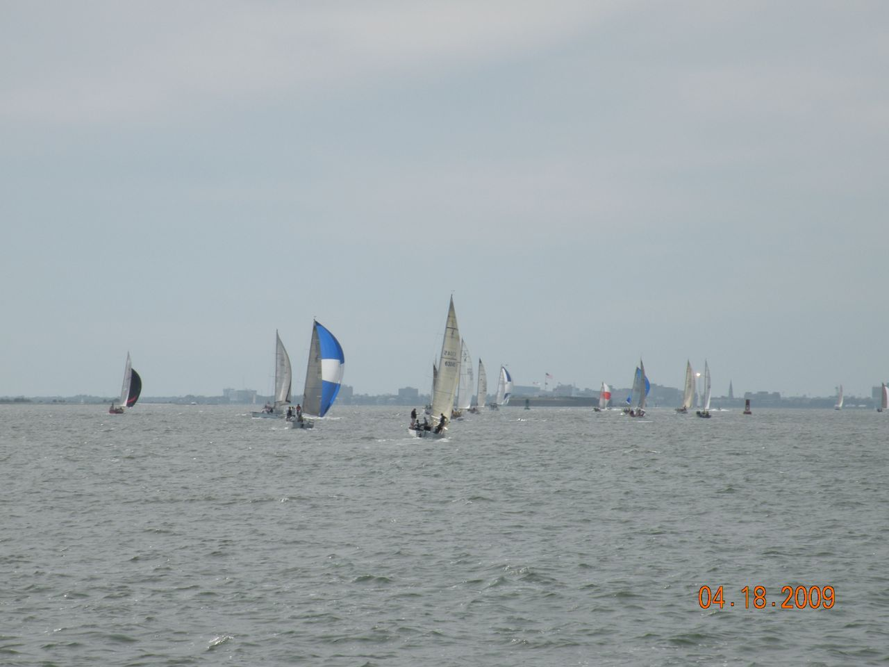 Very Competitive racing at Charleston. - (c) Copyright 2009
