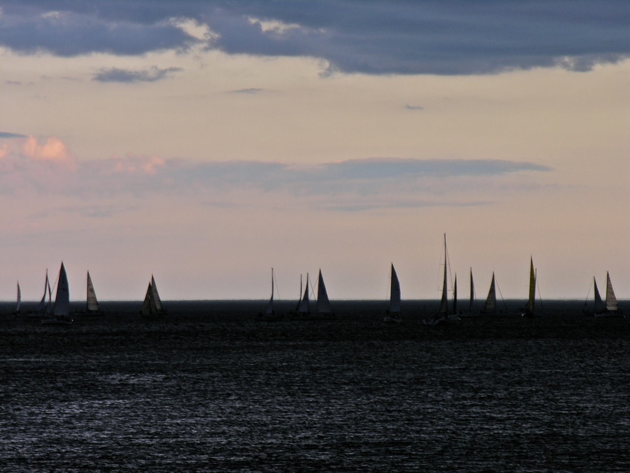 Just before dusk a squall hit all the boats!